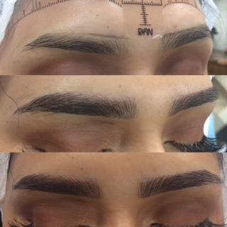 Photo of microblading eyebrows