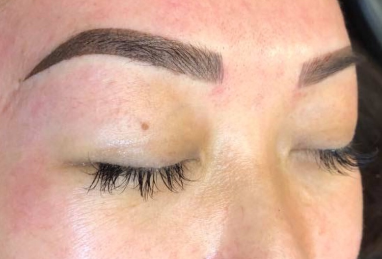 Powdered Ombre & Combo Brows